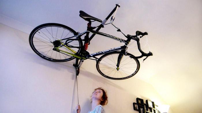 Подвешивание велосипеда дома